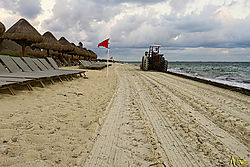VNM7679_cancun_sm.jpg