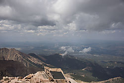 View_from_Pike_s_Peak_3303.jpg