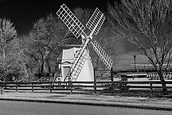 Yorktown_Windmill_2.jpg