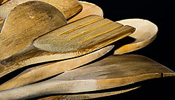 WoodenUtensils_Jan6_2018_1CR.jpg