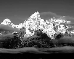 13853Grand_Tetons_BW1.jpg