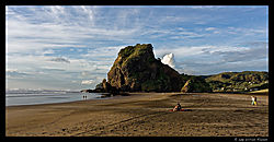 Piha_Beach_2.jpg