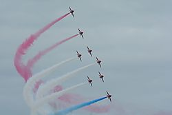 red_arrows_3_1280x853.jpg