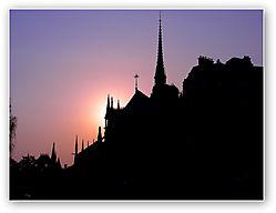 Notre_Dame_silhouette.jpg