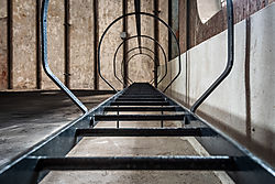 Zeche_Zollverein_-_L811275.jpg