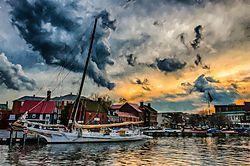 Annapolis_Harbor.jpg