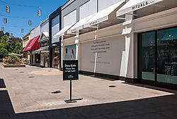 Stanford_Shopping_Center_Covid-19_2020-0025.jpg