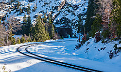 Donner_Pass_Overland_Route_and_Tunnel_2018-0925.jpg