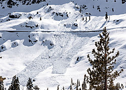 Donner_Summit_Snow_Slides_and_Train_Sheds_0452-01.jpg