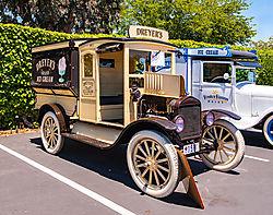 Pleasanton_Vintage_Truck_Show_2010-172.jpg