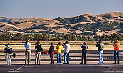 Livermore_Fly-In_Photo-Line_2011-0084.jpg