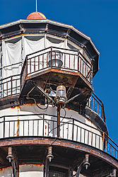 Pigeon_Point_Lighthouse_Corrosion_Damage_2011-0042.jpg