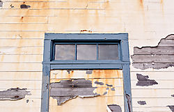 Pigeon_Point_Lighthouse_Weathered_Wall_2011-0022.jpg