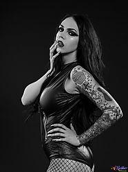 Molly_Rennick-Model.jpg