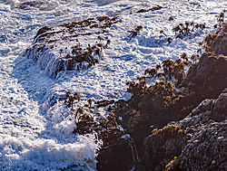 Pigeon_Point_Lighthouse_Rocks_and_Surf_2011-0075.jpg