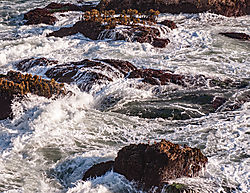 Pigeon_Point_Lighthouse_Rocks_and_Waves_0063.jpg
