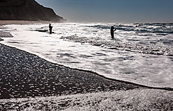 San_Gregorio_Beach_Fishermen_and_Surf_2020-0204.jpg