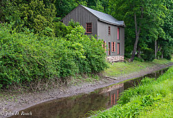 Along_the_Delaware_Canal-1.jpg