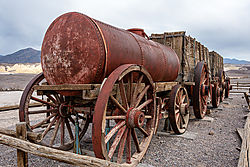 20_Mule_Team_Wagon.jpg