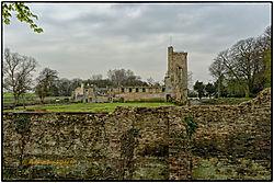 Archit_030_Caister_Castle_.jpg