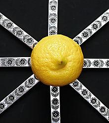 Lemony_Knives.jpg