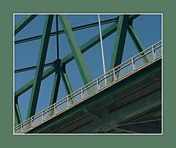 9823The_Green_Bridge.jpg
