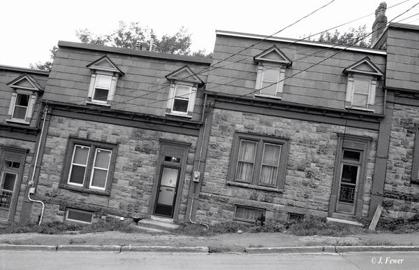 24481Drunken-Houses