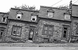 24481Drunk-Houses.jpg