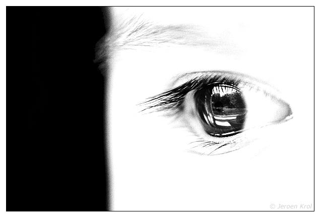 7785Anna_s_eye