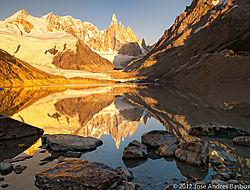 amanecer_en_el_Lago_Torre_Gold_Blue_45_mm.jpg