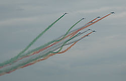 24439DSC_0247_-_Italian_Airforce_-_stunt_team.jpg