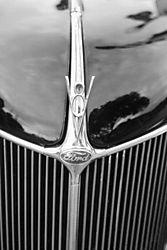 24816V8_Ford.jpg