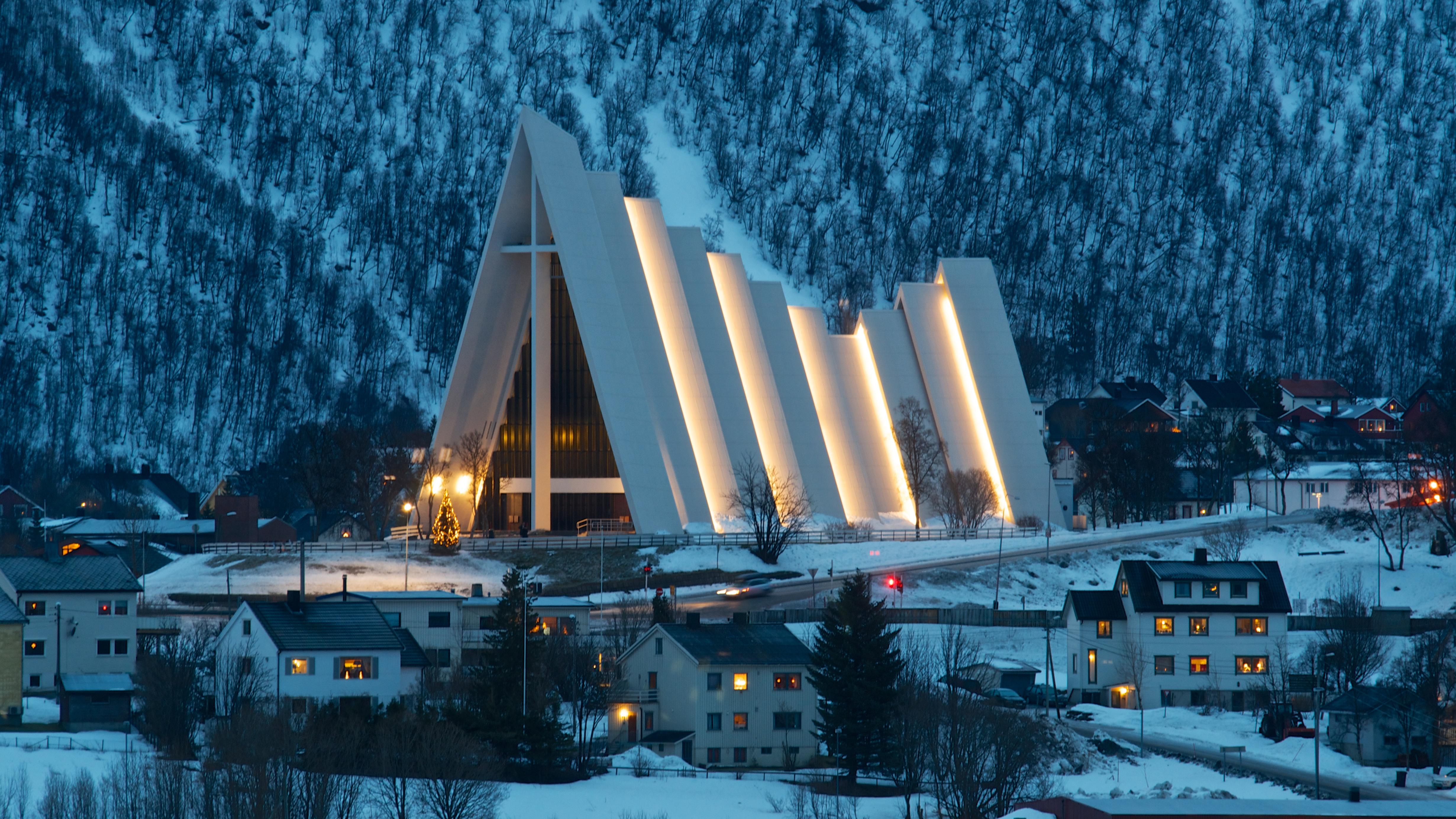 Arctic_Cathedral_-_Tromso