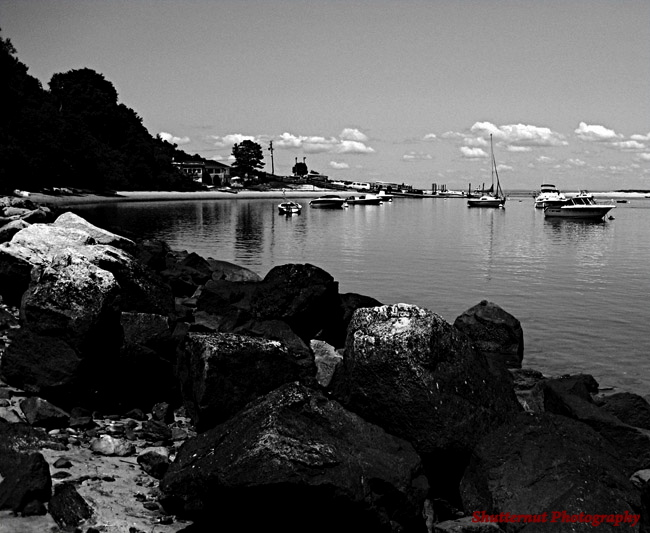 BOULDERS_N_BOATS_BW_marked