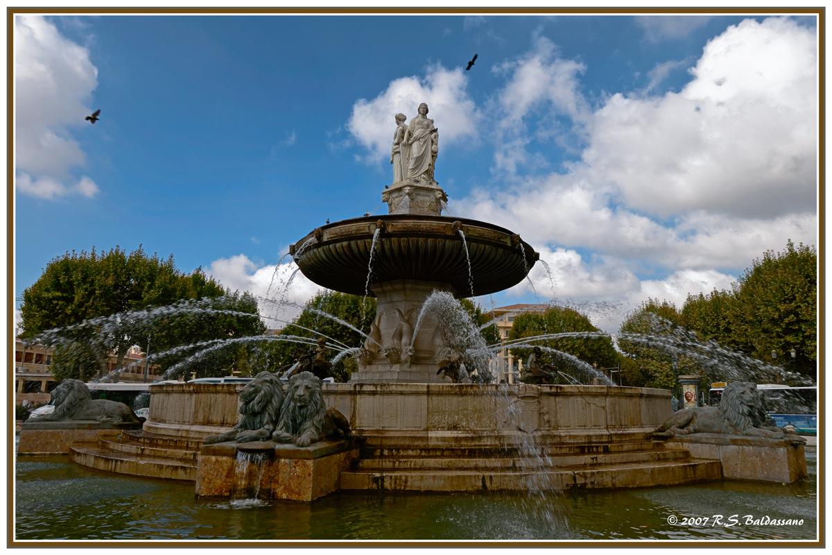 Fontaine de la rotonde 2 ppw nikonians - Bureau de poste la rotonde aix en provence ...