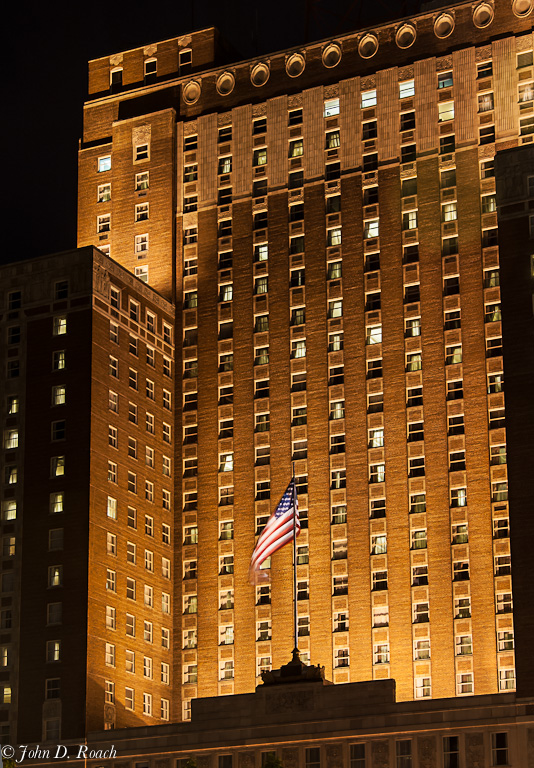Old_Glory_at_the_Milwaukee_Hilton