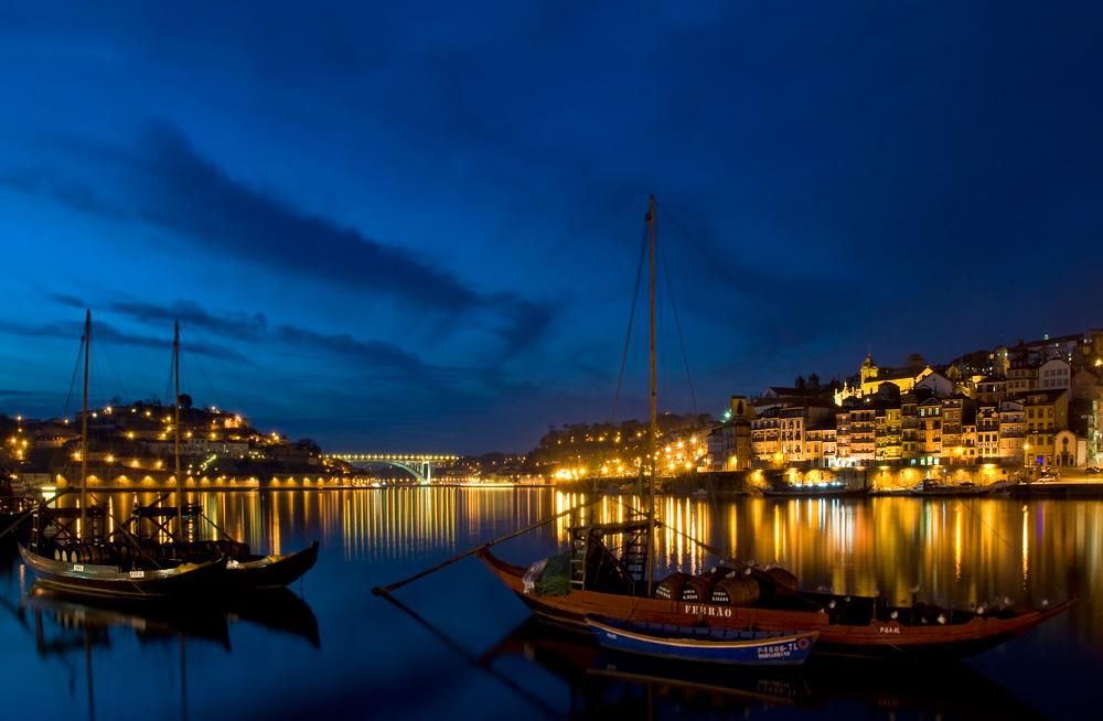 porto_by_night