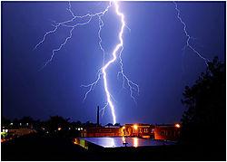 007-lightning.jpg
