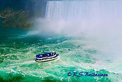 105057Approaching-Horseshoe-Falls.jpg