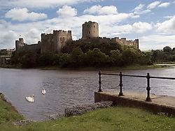 14279pembroke_castle.jpg