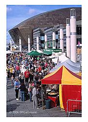 16427x-mil-centre-crowd_1.jpg