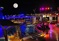2012_1028d_Pool_Deck_11_full_moon_large.jpg