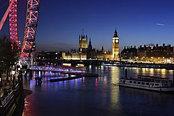20161226_3165_0PG1339LDN-City_Lights.JPG