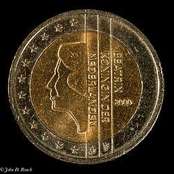 2_Euro_Coin_-_Netherlands_2000-3.jpg