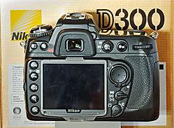 3X0_2646-D300-back.jpg