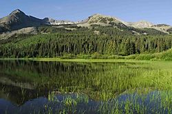 59564Mountain_lake.jpg