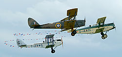 59604shuttleworth_4.jpg