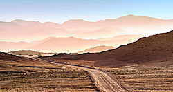 75O0299_Namibian_Hills_edit10_Nikfilter_brighter_cropped.jpg