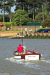 79257Old_Felixstowe_foot_ferry.jpg