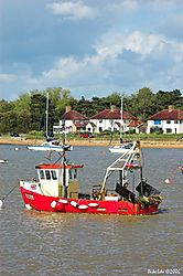 79257fishing_boat_Old_Felixstowe.jpg